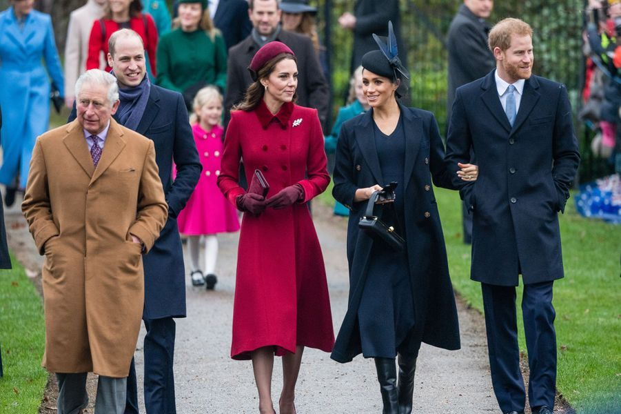 William, Kate, Meghan et Harry avec la famille royale lors de la messe de Noëlà Sandringham le 25 décembre 2018