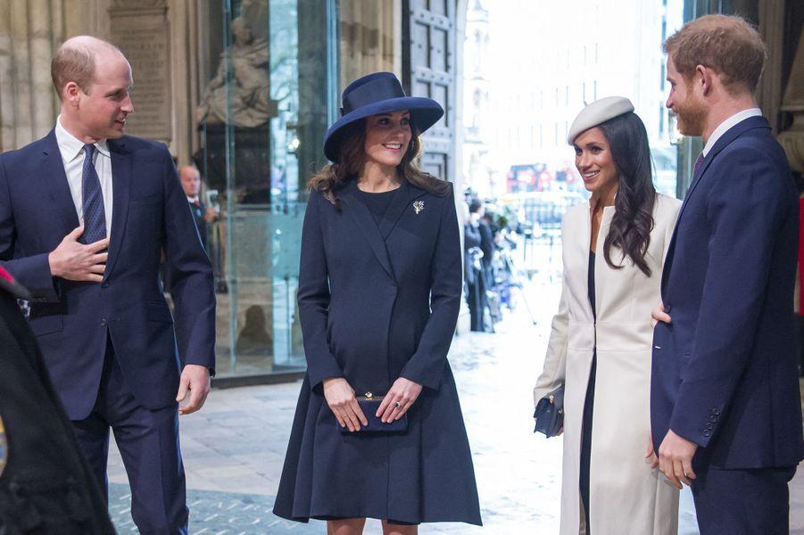 William, Kate, Meghan et Harry lors de la cérémonie du Commonwealth en l'abbaye Westminster à Londres le 12 mars 2018