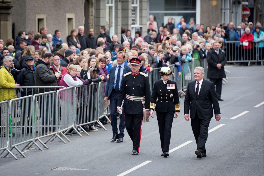 La princesse Anne avec le président allemand Joachim Gauck à Kirkwall, le 31 mai 2016