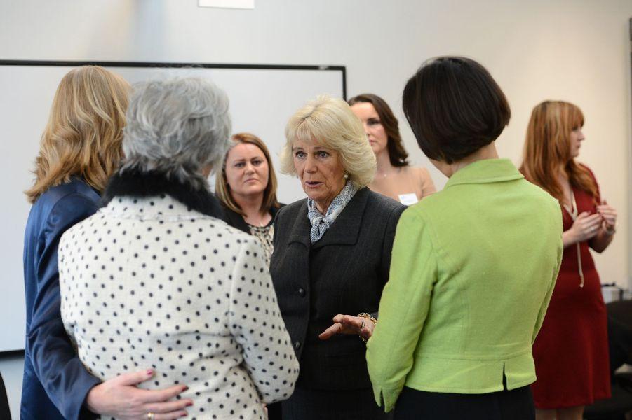 La duchesse de Cornouailles Camilla au Safelives Centre à Londres, le 27 janvier 2016