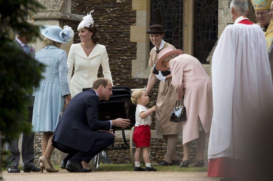 Le prince George au baptême de sa petite soeur la princesse Charlotte