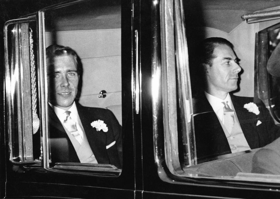 Antony Armstrong-Jones avec son témoin, le 6 mai 1960, jour de son mariage avec la princesse Margaret