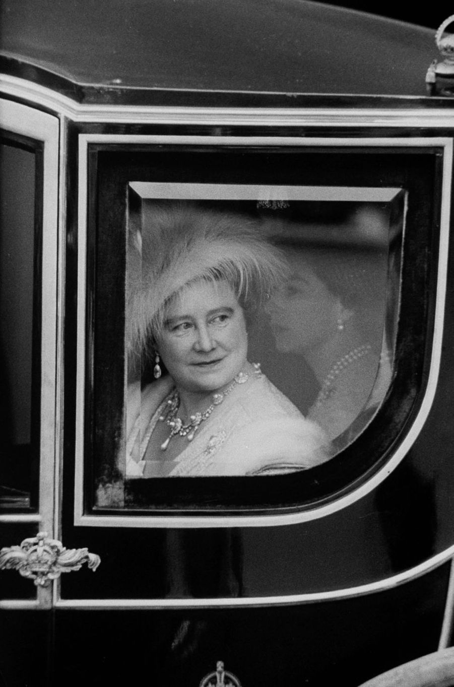 La Queen Mum et la reine Elizabeth II, le 6 mai 1960