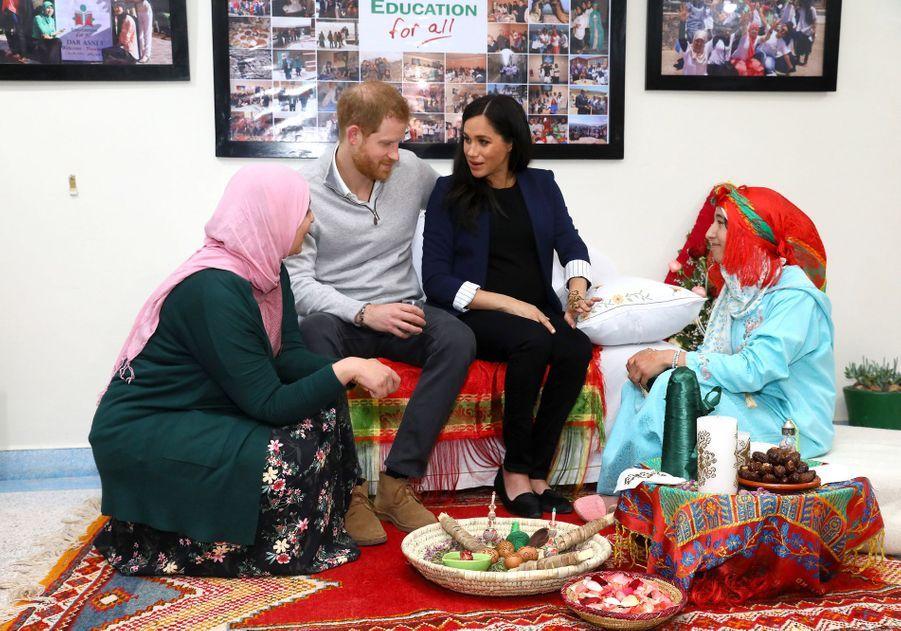Le prince Harry et Meghan Markle en visite à Asni au Maroc le 24 février 2019
