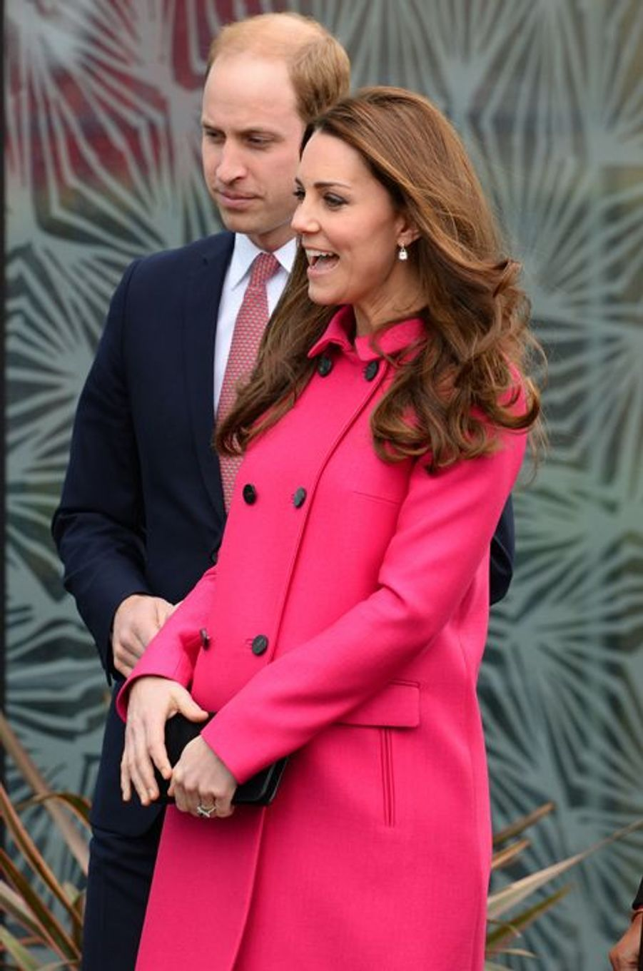 Kate née Middleton et le prince William quittent le Stephen Lawrence Centre à Londres, le 27 mars 2015