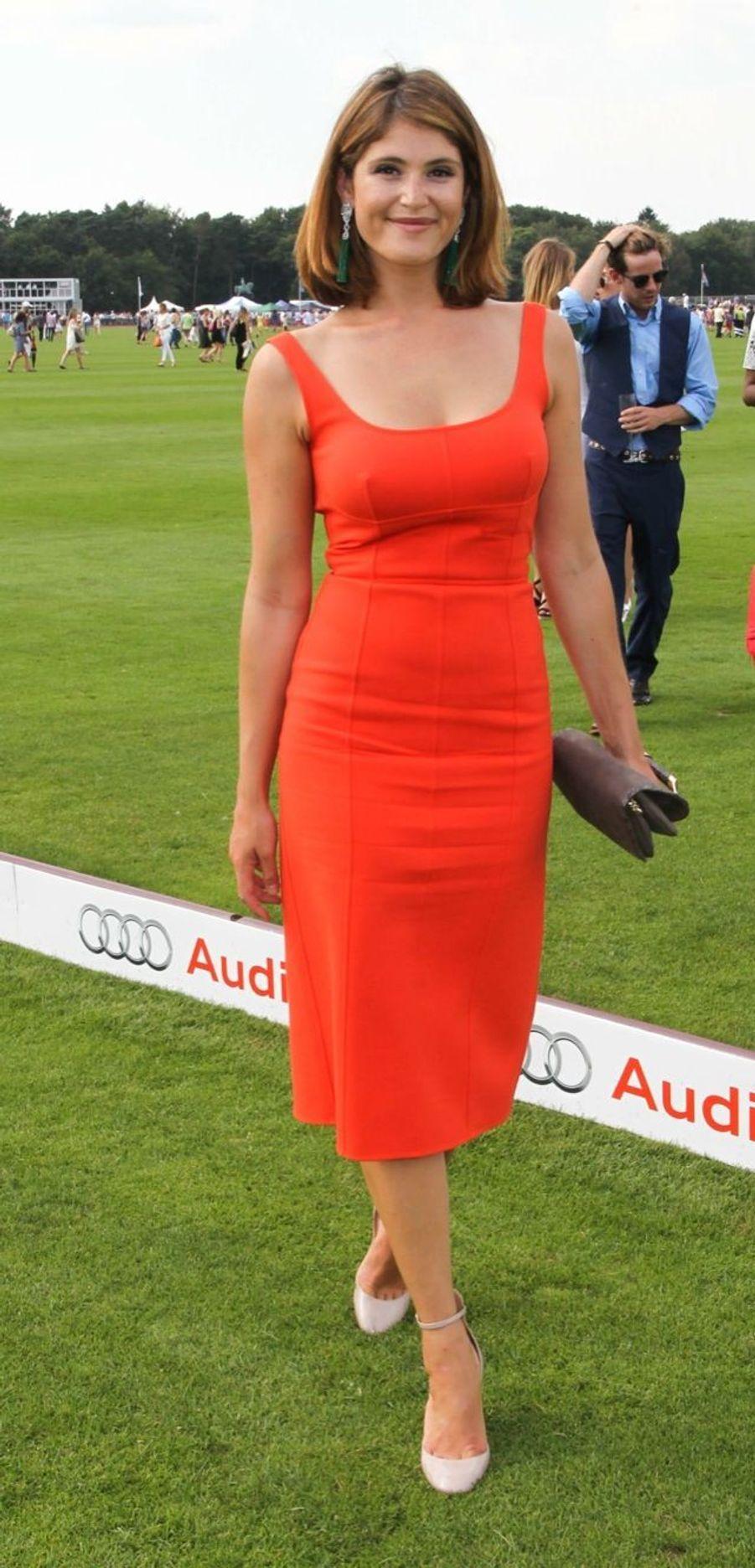 L'actrice Gemma Arterton au Guards polo club de Windsor, samedi