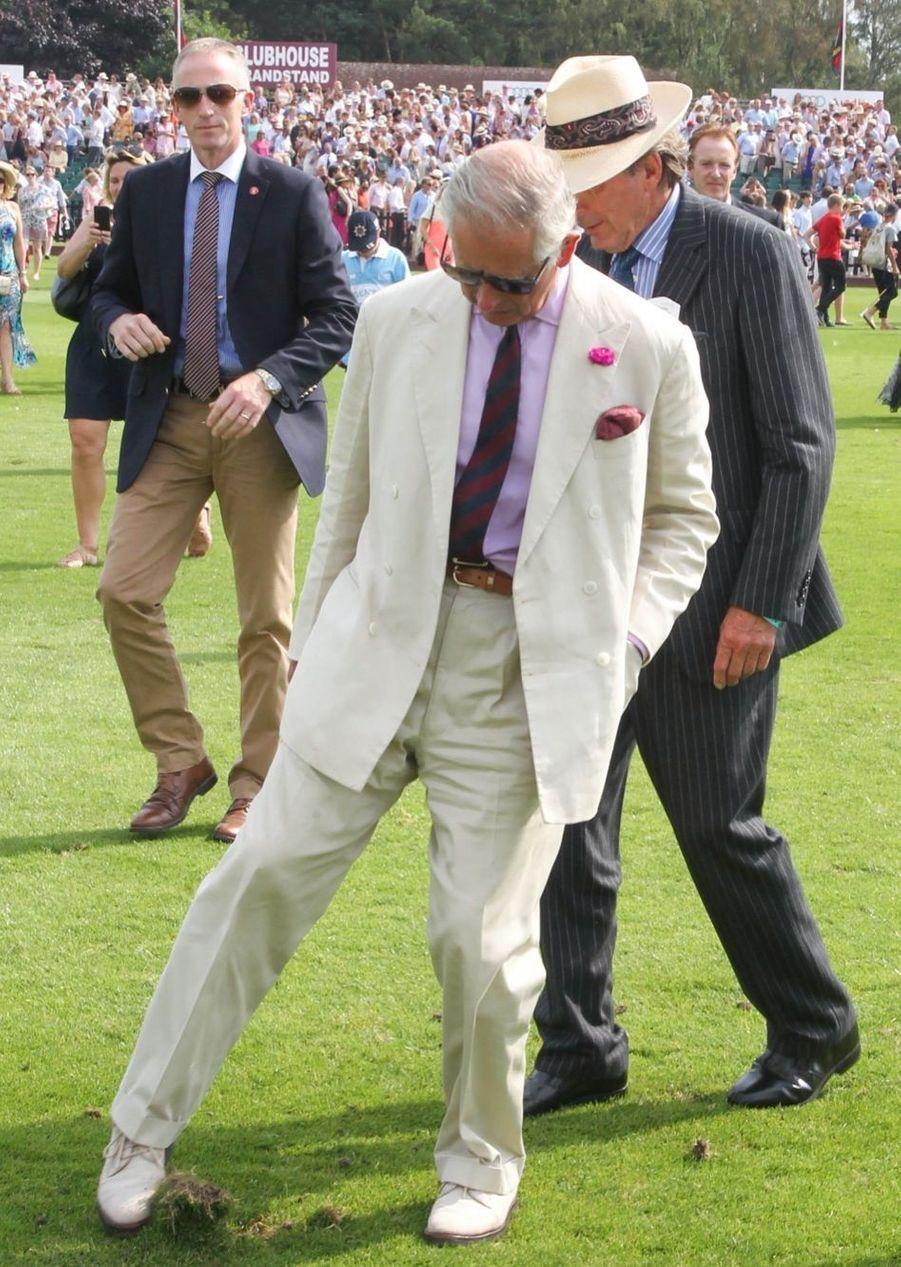 Le prince Charles au Guards polo club de Windsor, samedi