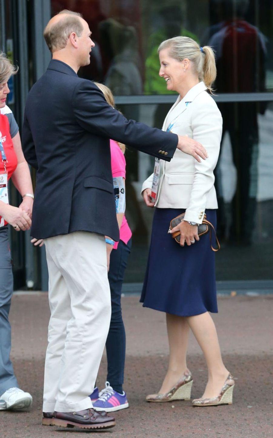 Le prince Edward, son épouse la comtesse Sophie de Wessex et leur fille Lady Louise, aux jeux du Commonwealth à Glasgow, dimanche