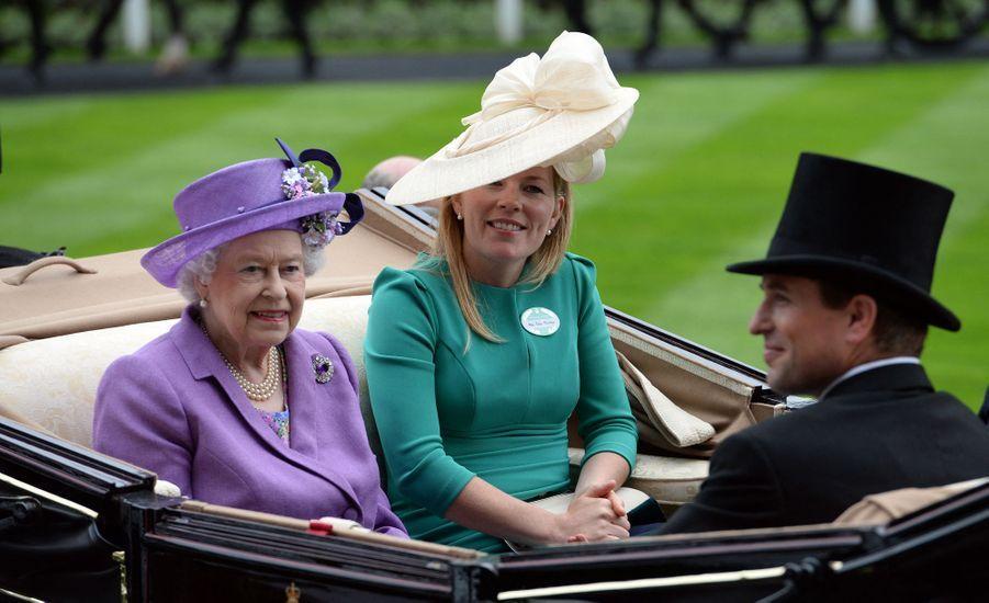 Peter et Autumn Phillips, le 20 juin 2013, avec la reine Elizabeth II