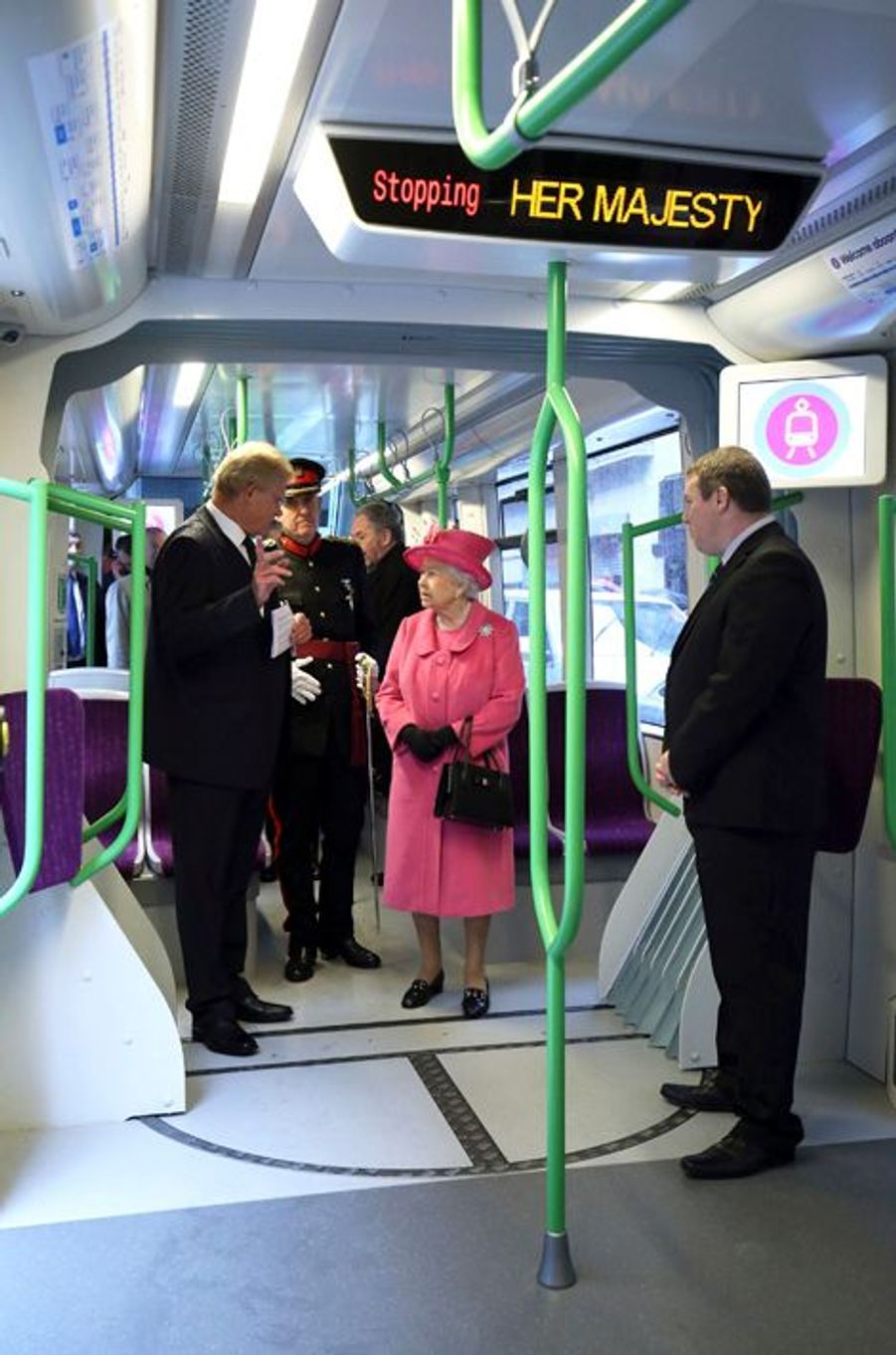 La reine Elizabeth II à Birmingham, le 19 novembre 2015