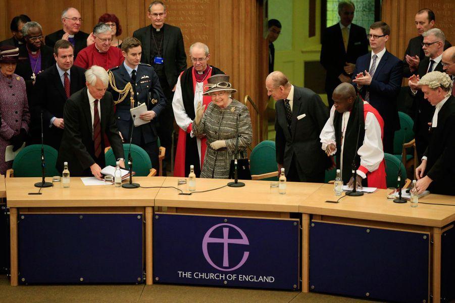 La reine Elizabeth II et le prince Philip à Church House à Westminster, le 24 novembre 2015