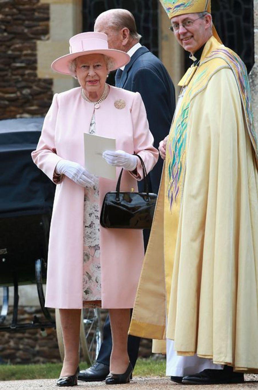 La reine Elizabeth II au baptême de la princesse Charlotte à Sandringham, le 5 juillet 2015