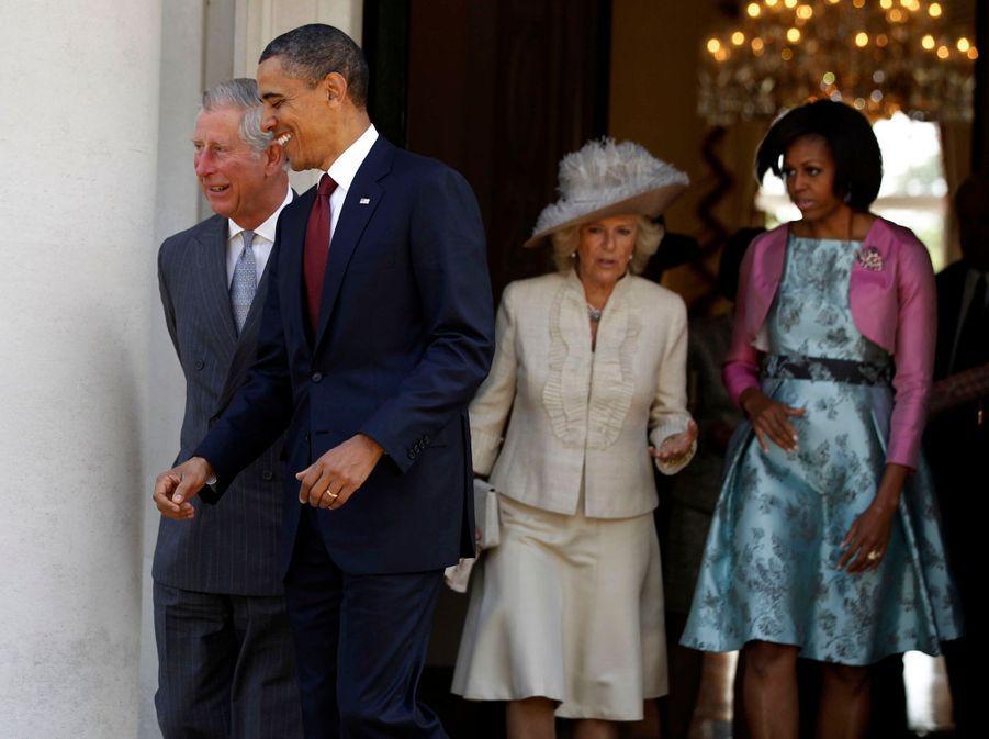Barack Obama, Michelle, le prince Charles et Camilla à Buckingham en mai 2011.