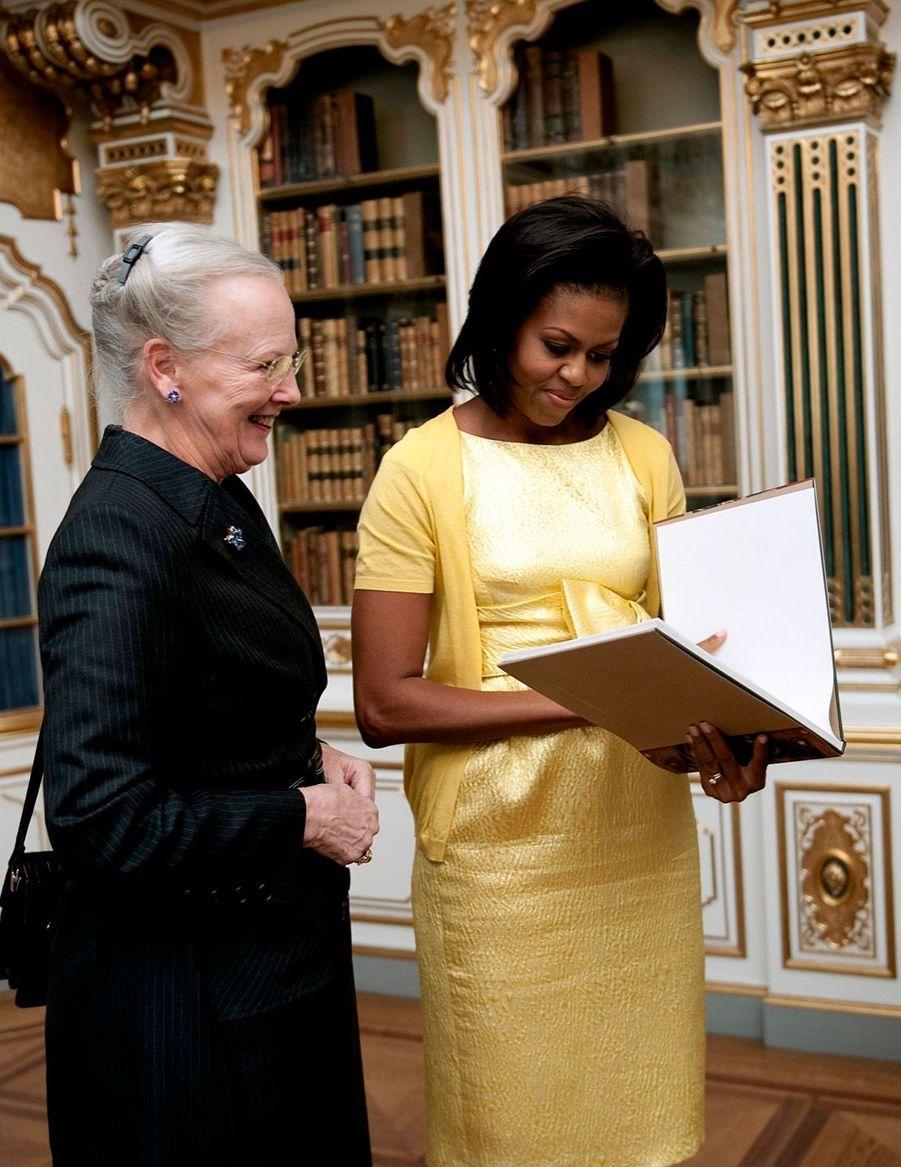 Michelle Obama et la reine Margrethe du Danemark au palais de Christiansborg, à Copenhague, en octobre 2009.
