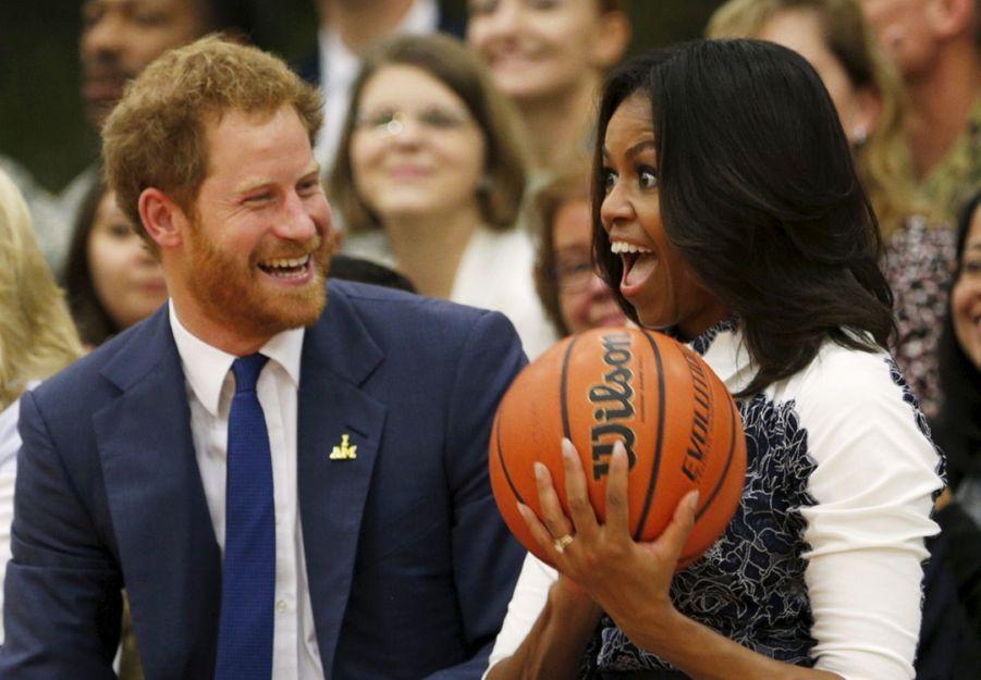 Michelle Obama et le prince Harry en Virginie, en octobre 2015.