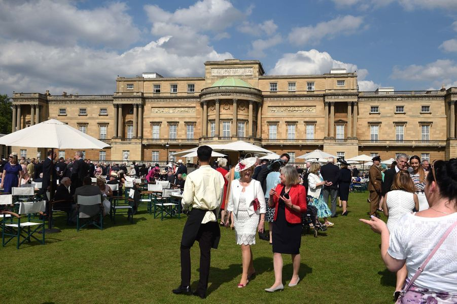 """Garden-party de """"Not Forgotten Association"""" dans les jardins de Buckingham Palace, le 26 mai 2016"""
