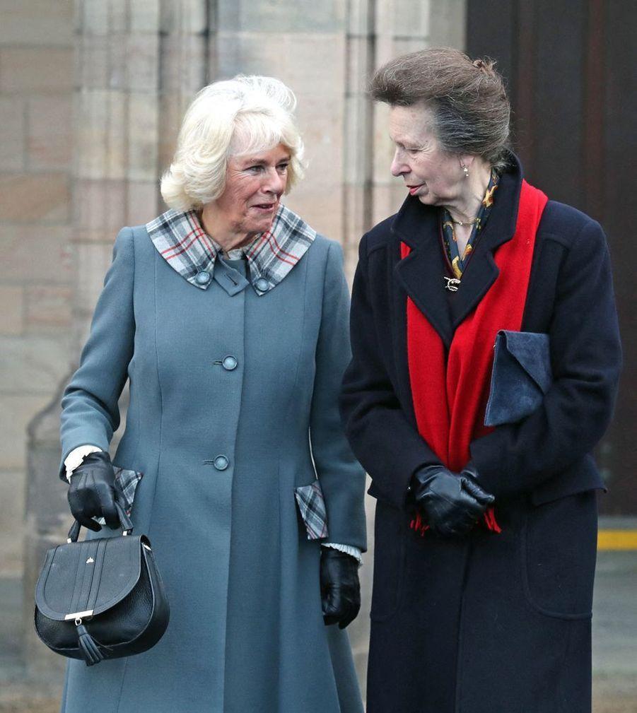 Camilla Parker-Bowles, duchesse de Cornouailles, et la princesse Anne à Aberdeen en Ecosse, le 14 janvier 2020