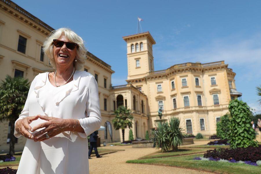 Camilla visite la Osborne House, la maison de vacances de la reine Victoria sur l'île de Wight, mardi 24 juillet.