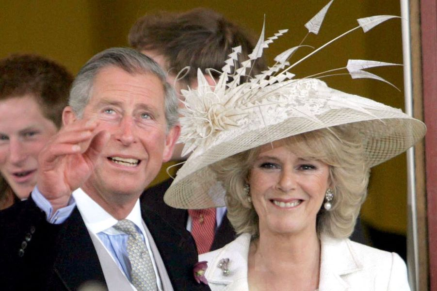 Le chapeau de Camilla Parker Bowles le jour de son mariage avec le prince Charles, le 9 avril 2005