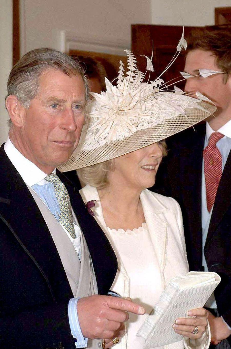 Le chapeau de Camilla Parker Bowles pour son mariage civil avec le prince Charles, le 9 avril 2005
