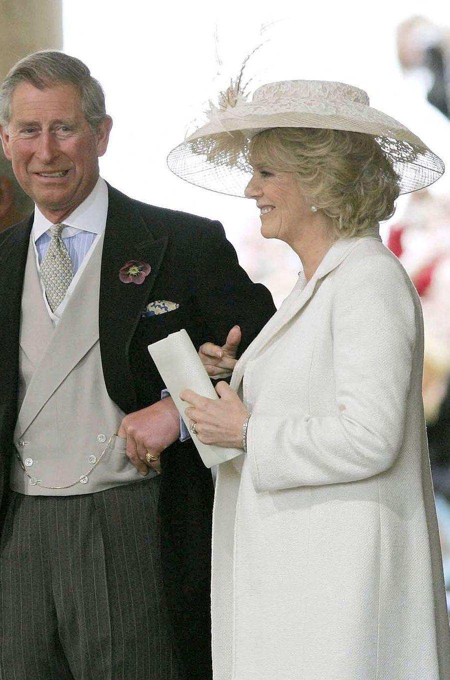 Camilla Parker Bowles lors de son mariage civil avec le prince Charles, le 9 avril 2005