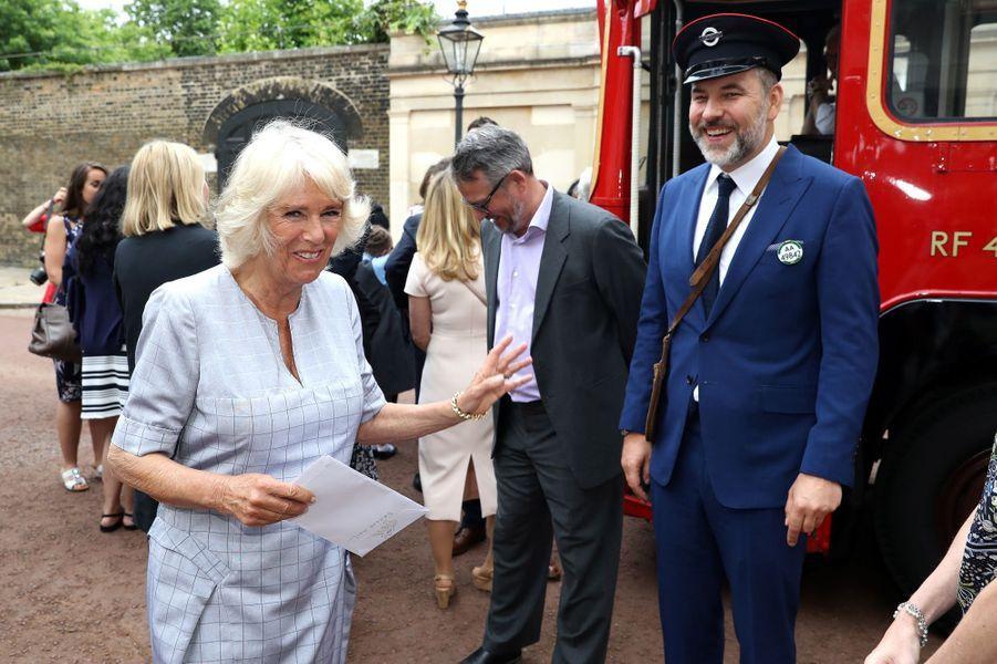La duchesse de Cornouailles Camilla avec David Walliams à Londres, le 11 juillet 2017