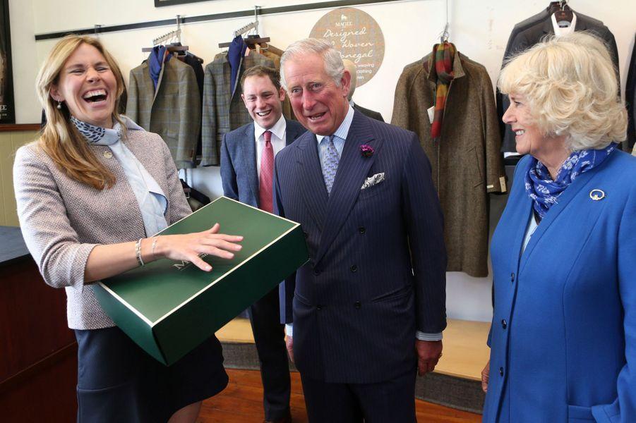 Le prince Charles et la duchesse de Cornouailles Camilla à Donegal, le 25 mai 2016