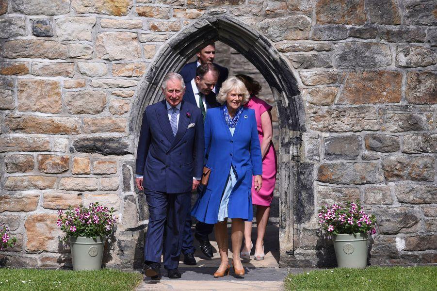 Le prince Charles et la duchesse de Cornouailles Camilla au château de Donegal, le 25 mai 2016