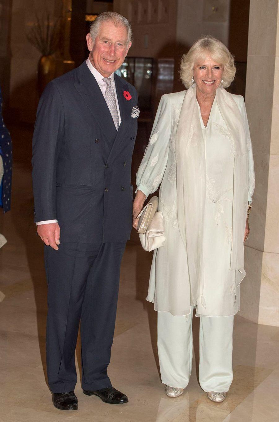 Le prince Charles et la duchesse de Cornouailles Camilla vont dîner chez le sultan d'Oman, le 5 novembre 2016