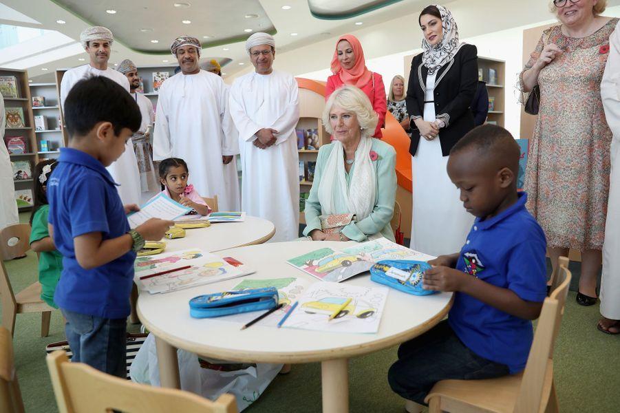 La duchesse de Cornouailles Camilla à Mascate au Sultanat d'Oman, le 5 novembre 2016