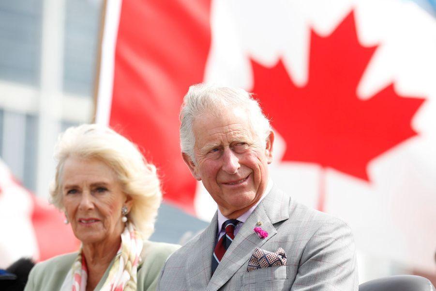 Le prince Charles avec la duchesse de Cornouailles Camilla à Iqaluit, le 29 juin 2017