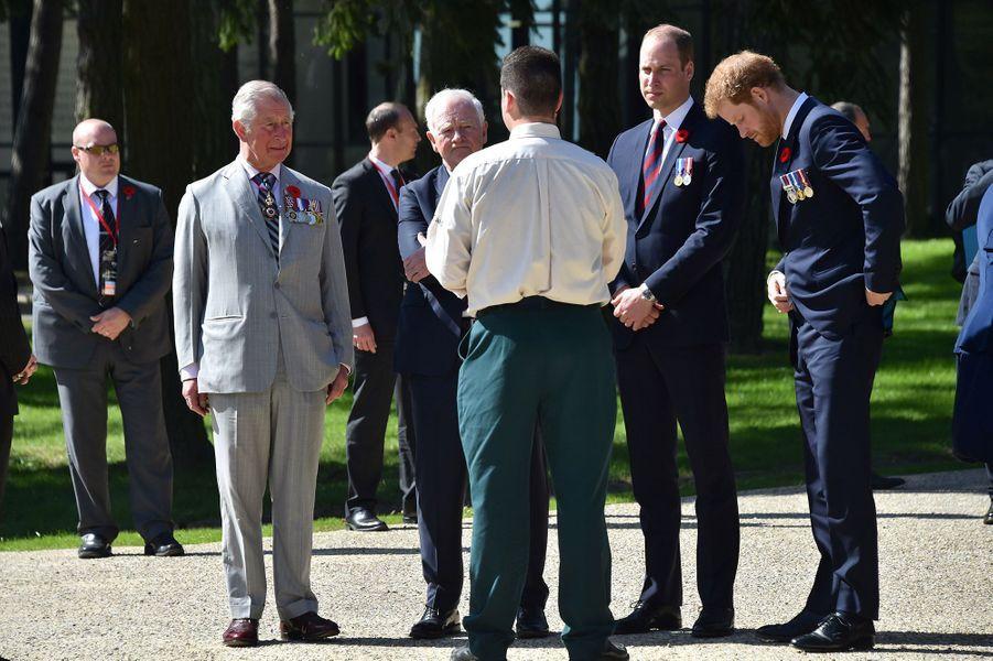 Le prince Charles et ses fils à Vimy dimanche