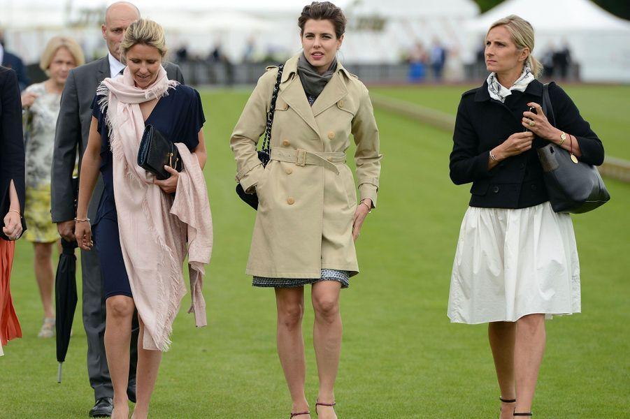 Charlotte Casiraghi et Sharon Stone subliment la Queens Cup
