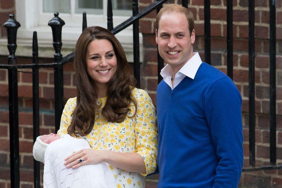 Charlotte de Cambridge, lors de sa naissance,le 2 mai 2015.
