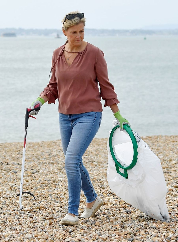 La duchesse Sophie de Wessex sur une plage à Southsea, le 18 septembre 2020