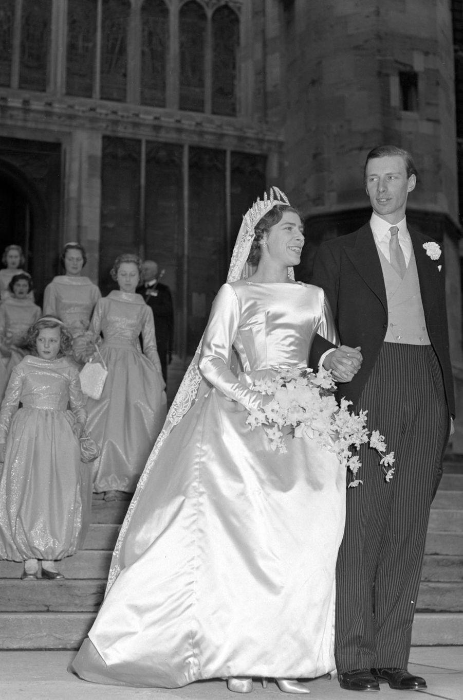 Anne Abel Smith (petite-fille du comte et de la comtesse de Athlone) et David Liddell-Grainger, le 14 décembre 1957