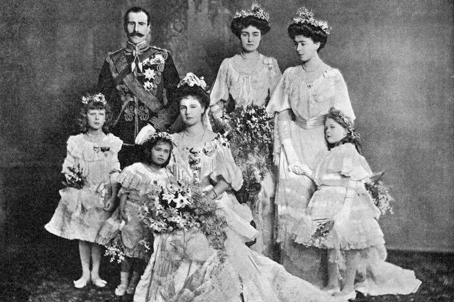 La princesse Alice d'Albany (petite-fille de la reine Victoria) et le prince Alexander de Teck, le 10 février 1904
