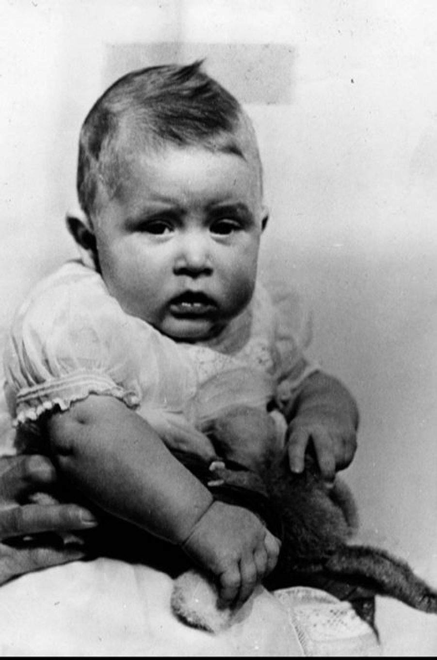 Le prince Charles à 6 mois et demi, le 4 juin 1949