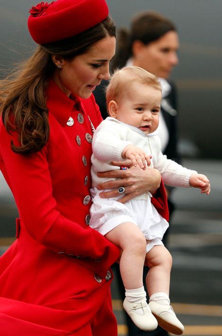 Le prince George à 8 mois et demi, le 7 avril 2014