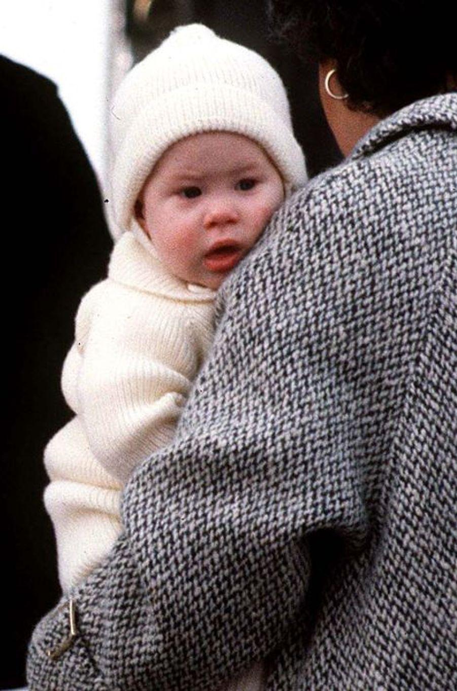 Le prince Harry à 6 mois, le 25 mars 1985
