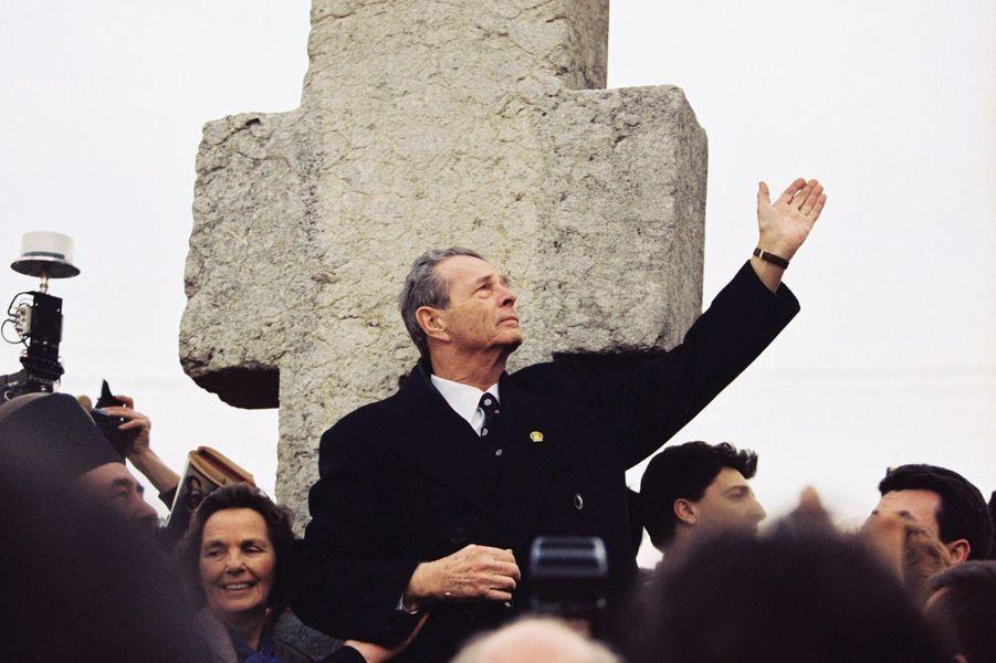 L'ex-roi Michel de Roumanie, le 1er mars 1997, lors de son retour en Roumanie