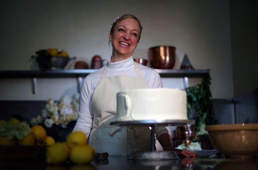 Le Gâteau De Mariage De Meghan Et Harry Dévoilé Par Sa Pâtissière ( 1