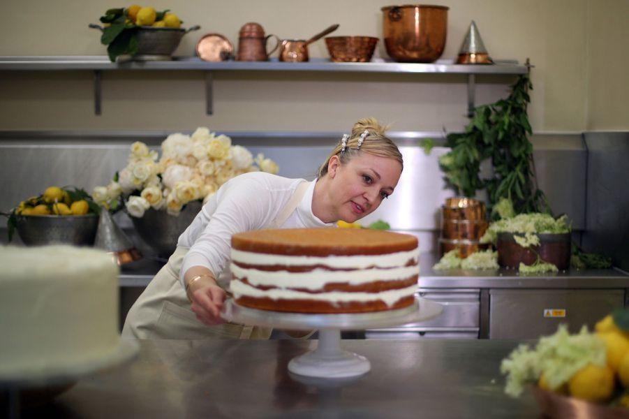 Découvrez Le Gâteau Du Mariage De Meghan Et Harry