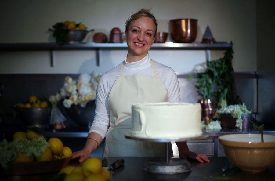 Le Gâteau De Mariage De Meghan Et Harry Dévoilé Par Sa Pâtissière ( 3