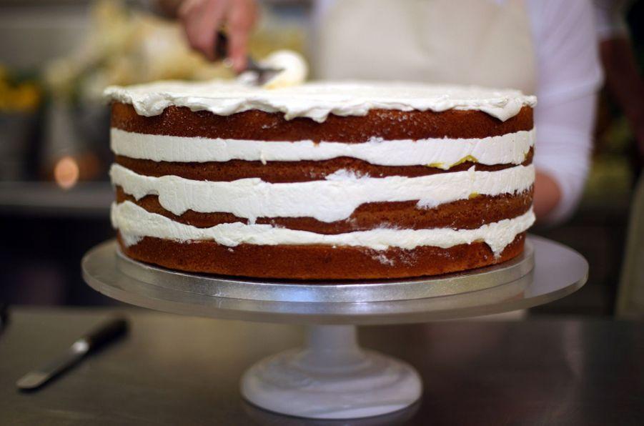 Le Gâteau De Mariage De Meghan Et Harry Dévoilé Par Sa Pâtissière ( 8