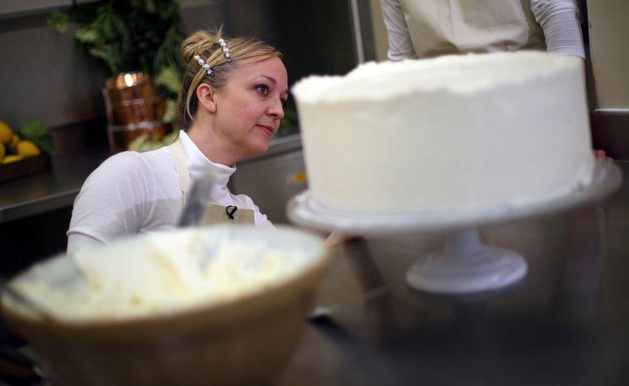 Le Gâteau De Mariage De Meghan Et Harry Dévoilé Par Sa Pâtissière ( 9