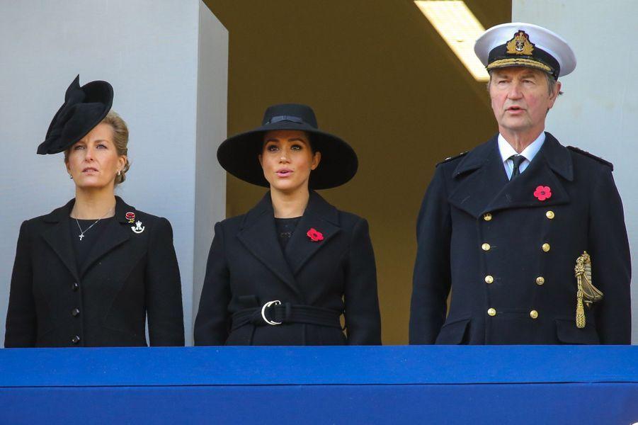 Timothy Laurence avec Sophie de Wessex et Meghan Markle, le 10 novembre 2019