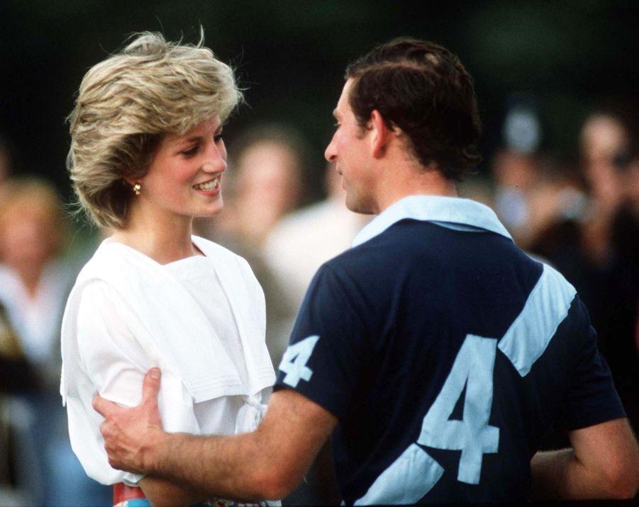La princesse Diana et le prince Charles auCirencester Polo Club, en juillet 1985.