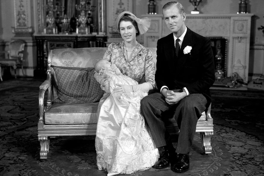 La princesse Elizabeth et le prince Philip, avec leur fille la princesse Anne, le 21 octobre 1950