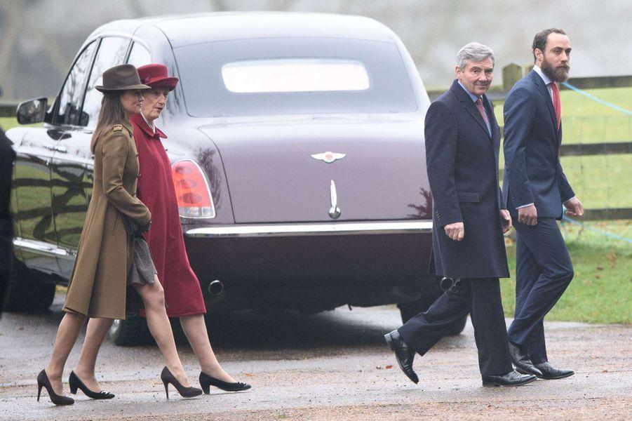 Michael, James et Pippa Middleton à Sandringham, le 8 janvier 2017